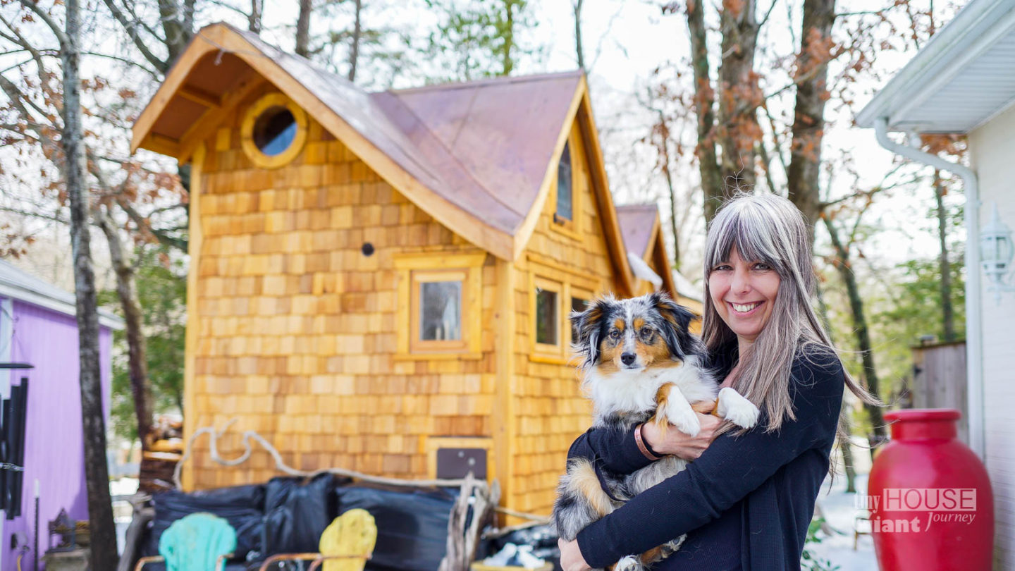 The Pinafore: A Whimsical Tiny House