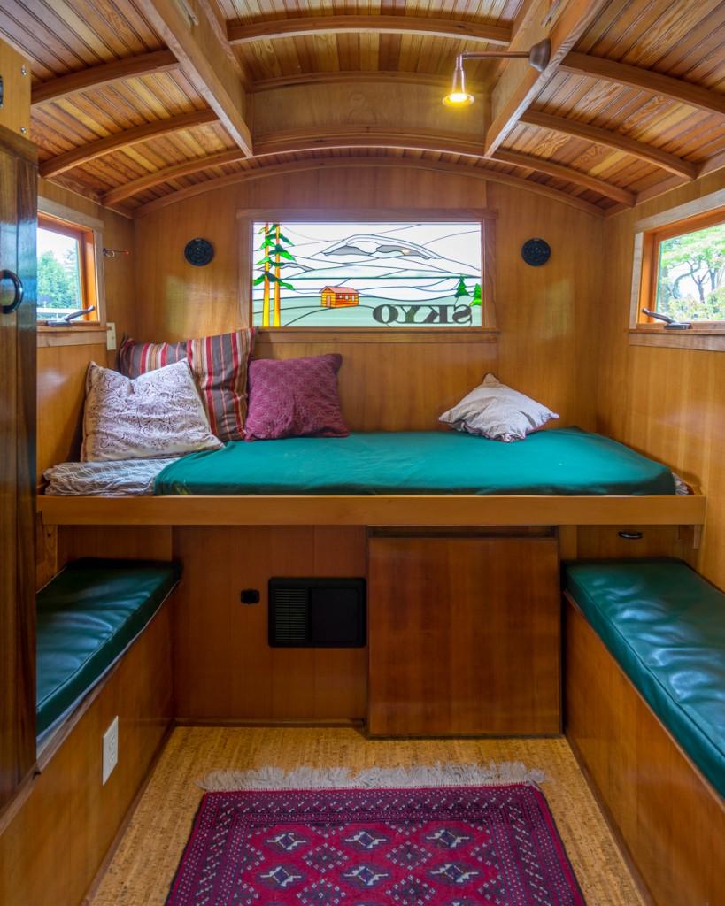 Russ's Gypsy Wagon - 0004
