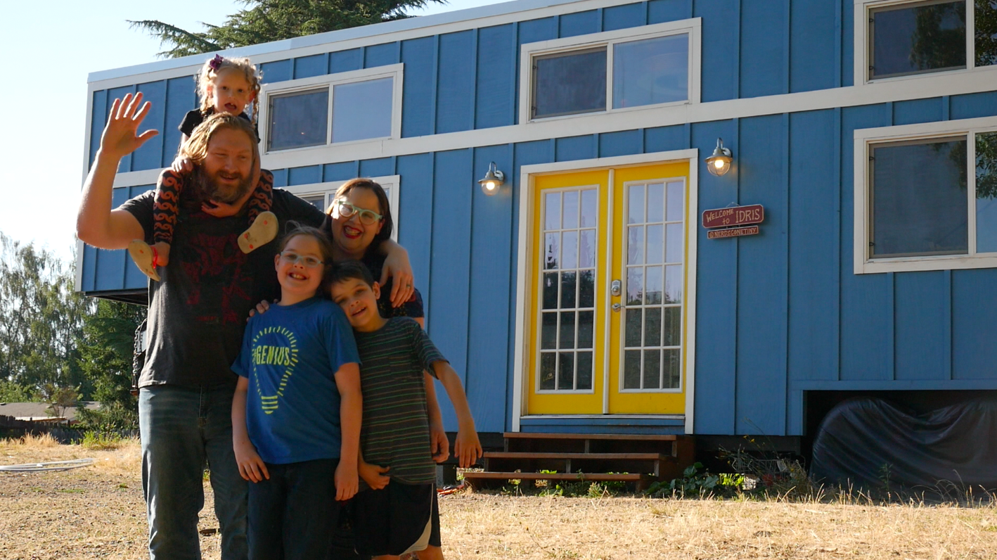 Tiny House Family: Living with 3 Kids in 365 Square Feet