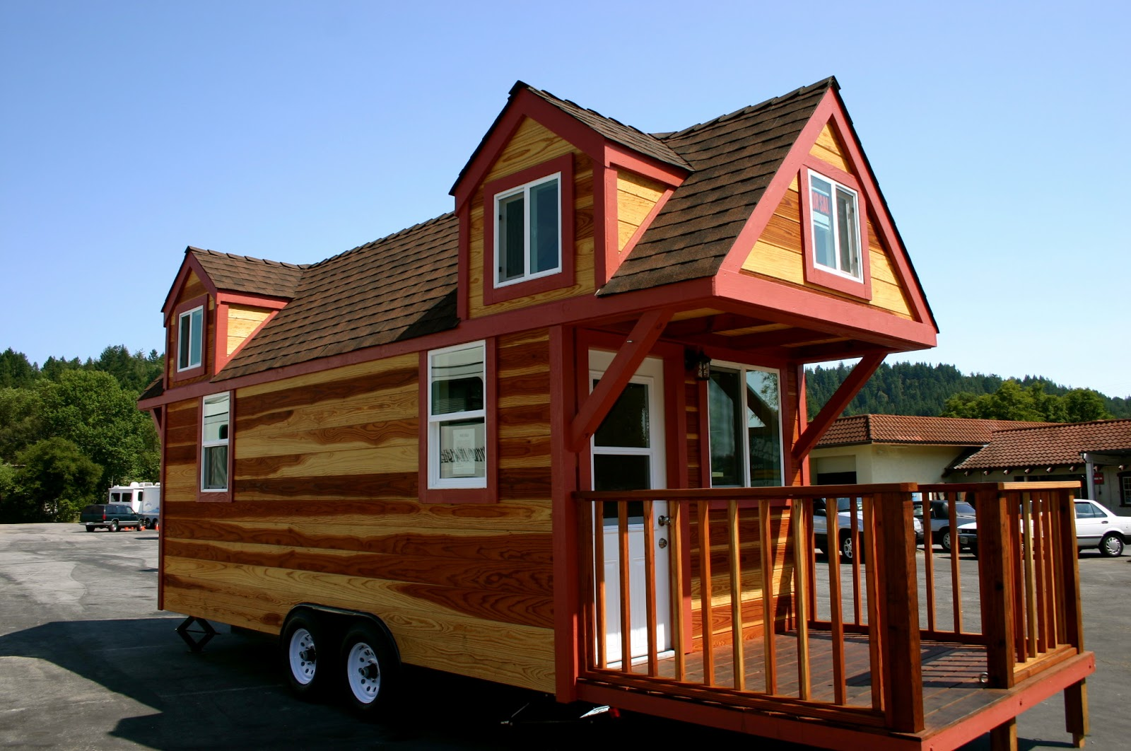Redwood Tinyhouse Tiny House Giant Journey