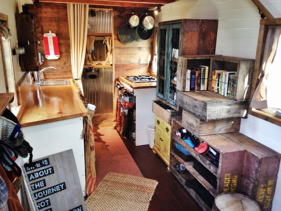 10 Tiny House Tricks For Decluttering Your Counters Tiny