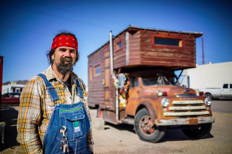 John's Artsy House Truck