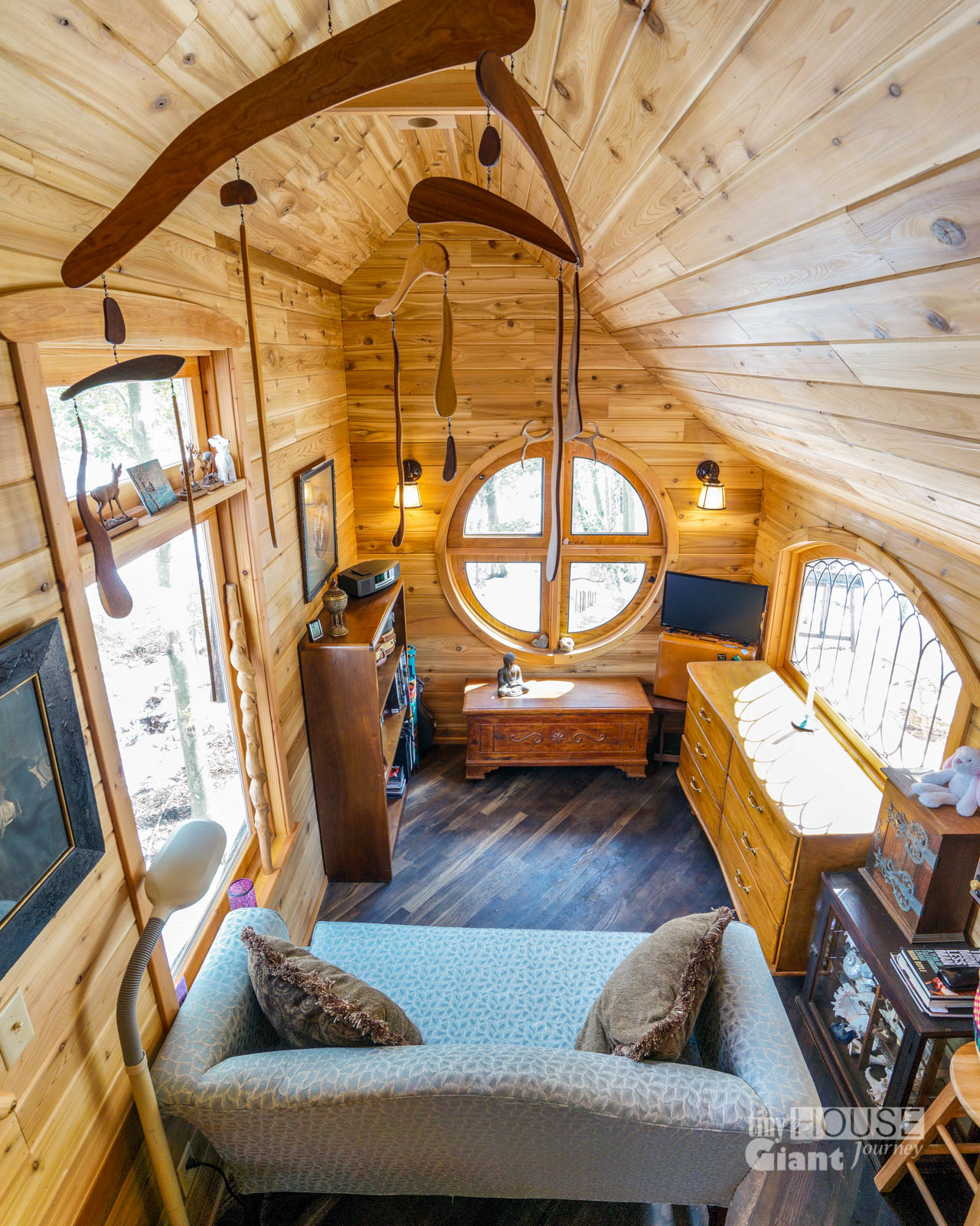 The pinafore tiny house 0010 tiny house giant journey for Small house zen design