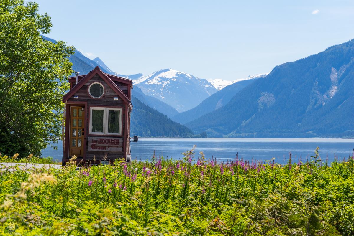 Navigating to Alaska: Yellowhead Highway