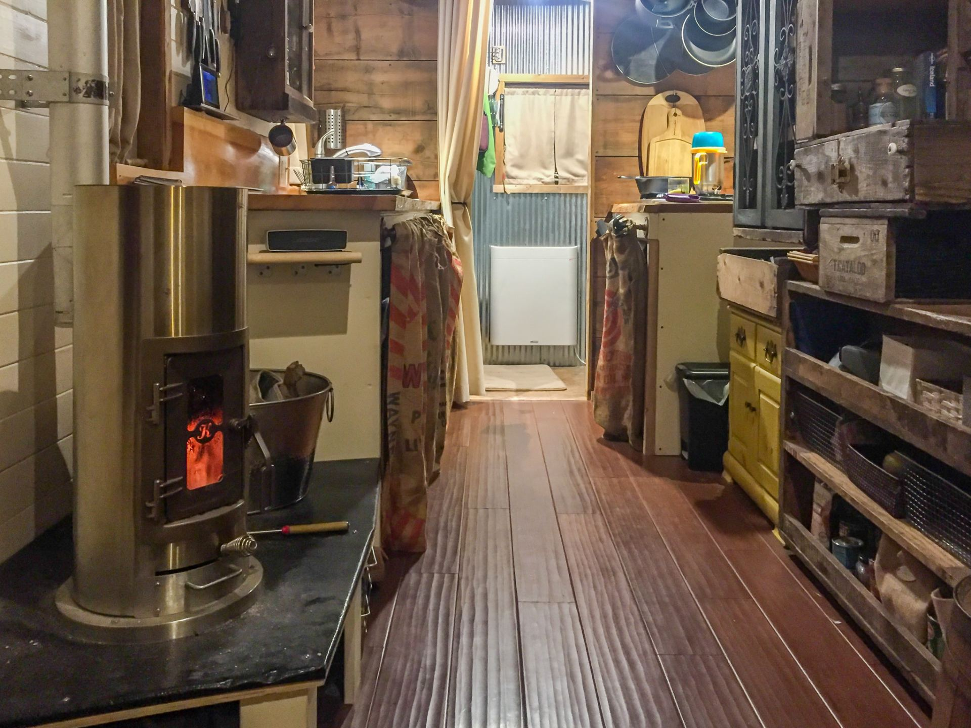 Tiny House Heating. Tips for wintering and staying warm in extreme