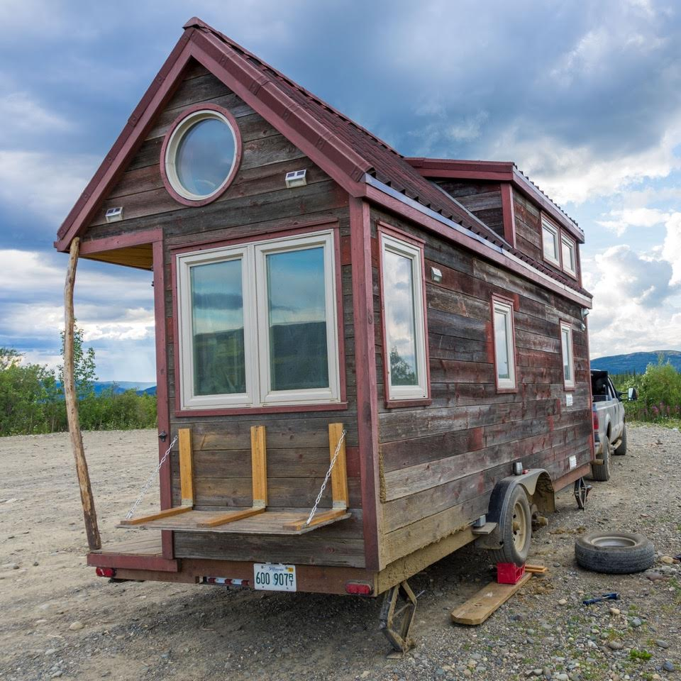How to Change a Tire on a Tiny House