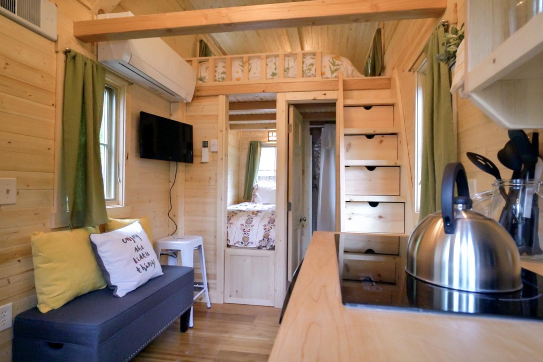 Mt Hood Tiny House Village Savannah Tumbleweed – 0018