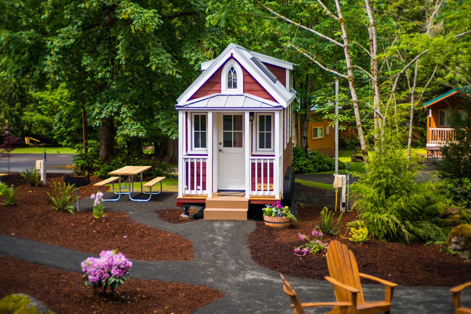 Mt hood tiny house village scarlett tumbleweed 0006 for Tumbleweed houses