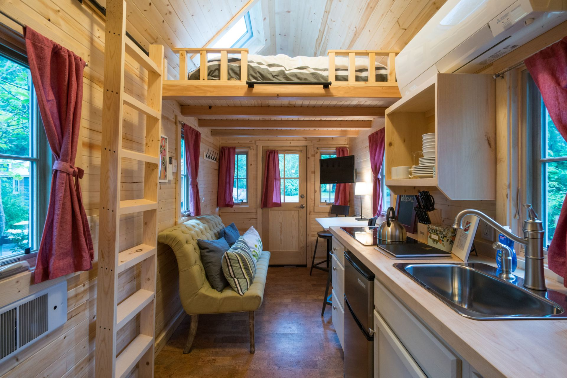 """Scarlett"" Tiny House Rental at Mt Hood Tiny Village"