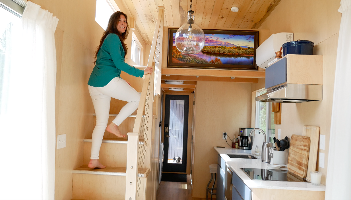 Modern Tiny House in the Mountains Expands to the Outside