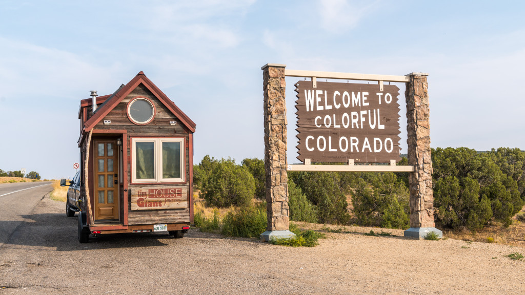 Tiny House Welcome To Colorado - 0001