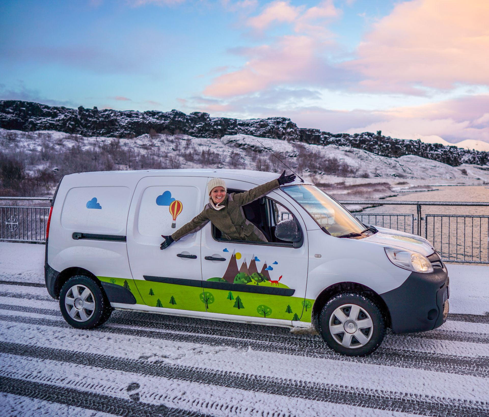 Winter Campervanning in Iceland, for Budget Travelers!