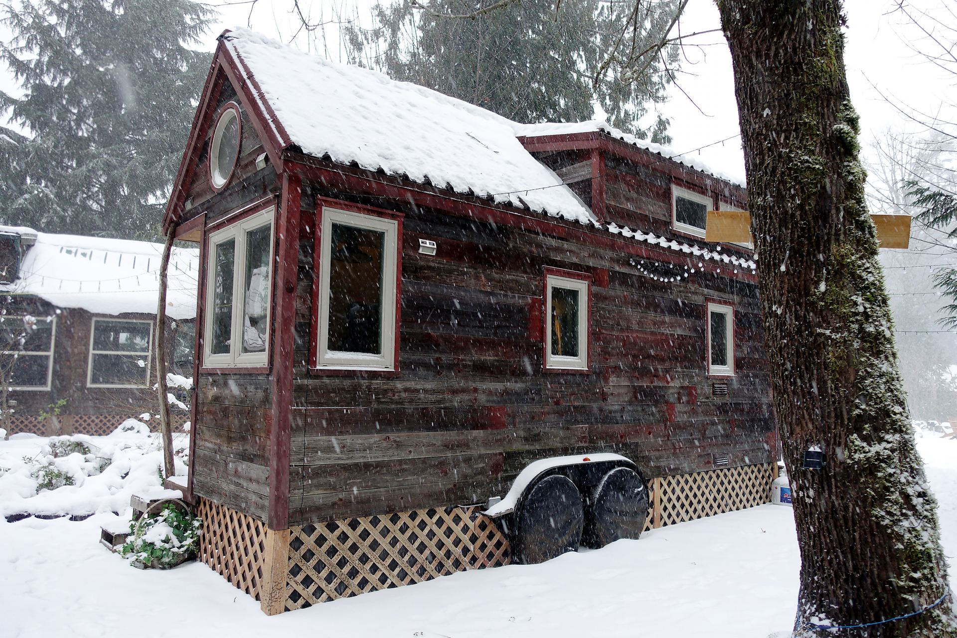 Tiny house skirt a simple diy option for under 100 for House foundation options